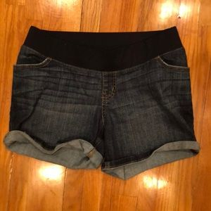 Liz Lange for TargetMaternity denim shorts